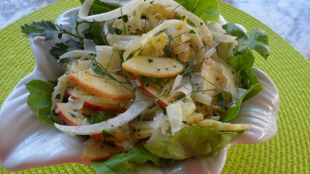 Apple & Fennel Salad with Shaved Aged Gouda