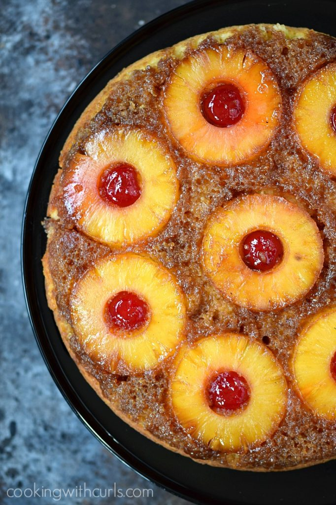 Old Fashioned Skillet Pineapple Upside Down Cake