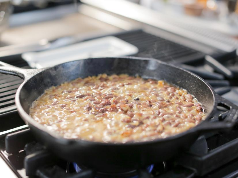Dee's Easy Mexican Style Pinto Beans